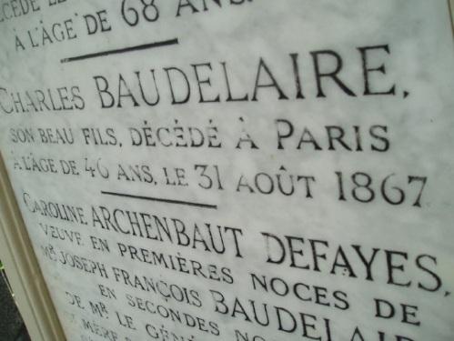 """Tombe de Charles Baudelaire au cimetière Montparnasse. Photo trouvé sur """"Le Tiers livre"""", blog de François Bon."""