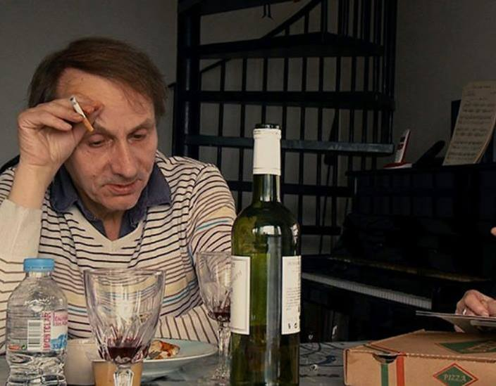houellebecq-a-table