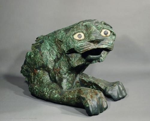 louvre-statue-lion_1